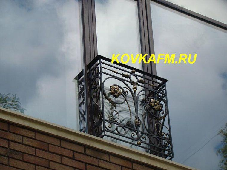 Кованые французские балконы в стиле барокко в москве.