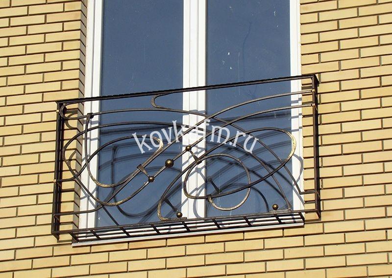 Кованые французские балконы.
